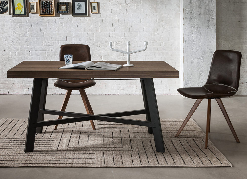 Tables - Zeus